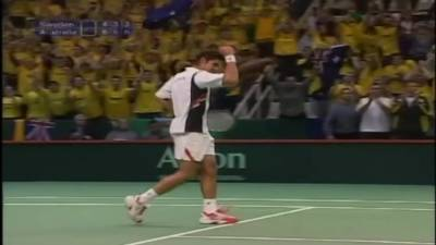Sports Pro : Mark Philippoussis