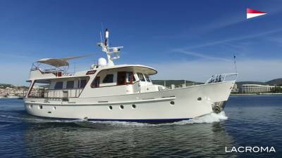 Lacroma for charter