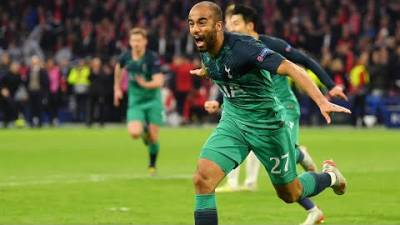 AJAX 2-3 SPURS | MOURA HATTRICK PUTS SPURS IN CHAMPIONS LEAGUE FINAL! | #ArmchairFans